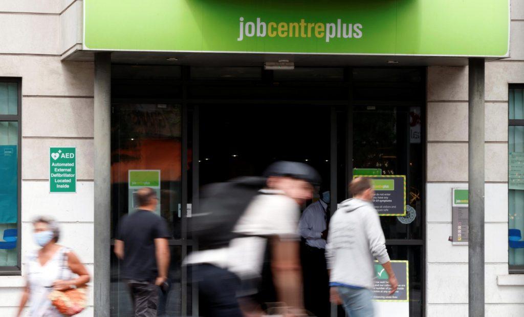 UK job losses hit decade-high, worse seen ahead