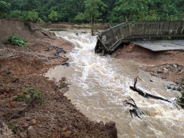 Over 50 houses submerged after reservoir levee fails in Nakhon Ratchasima